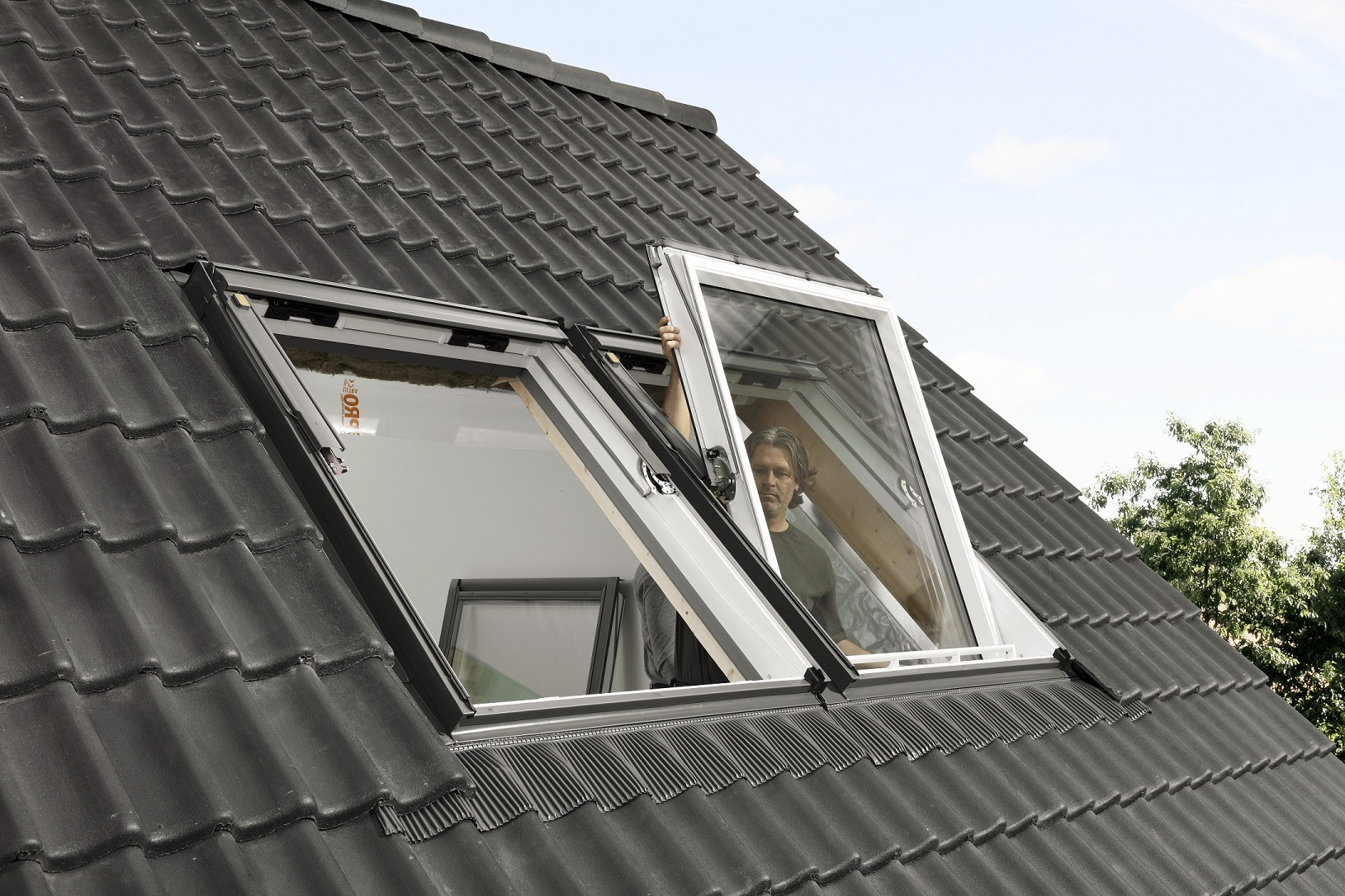 How to Locate a VELUX Roof Window Type & Size